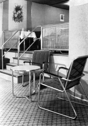 Lounge onboard the LZ-130 Graf Zeppelin II