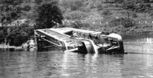 Str. Volcano - Towboat Volcano sinks in 1929
