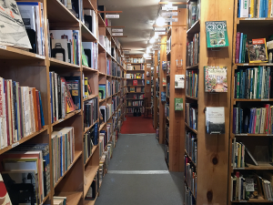 Of course I'm going to explore a bookstore while I'd in town, did you expect otherwise?
