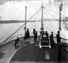 Passengers on the hurricane deck of the Str. Queen City