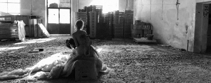 """Watch Roxanna Walitzki's Stunning """"In der Fremde"""""""